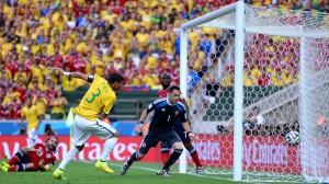 Gol Thiago Silva în Brazilia-Columbia