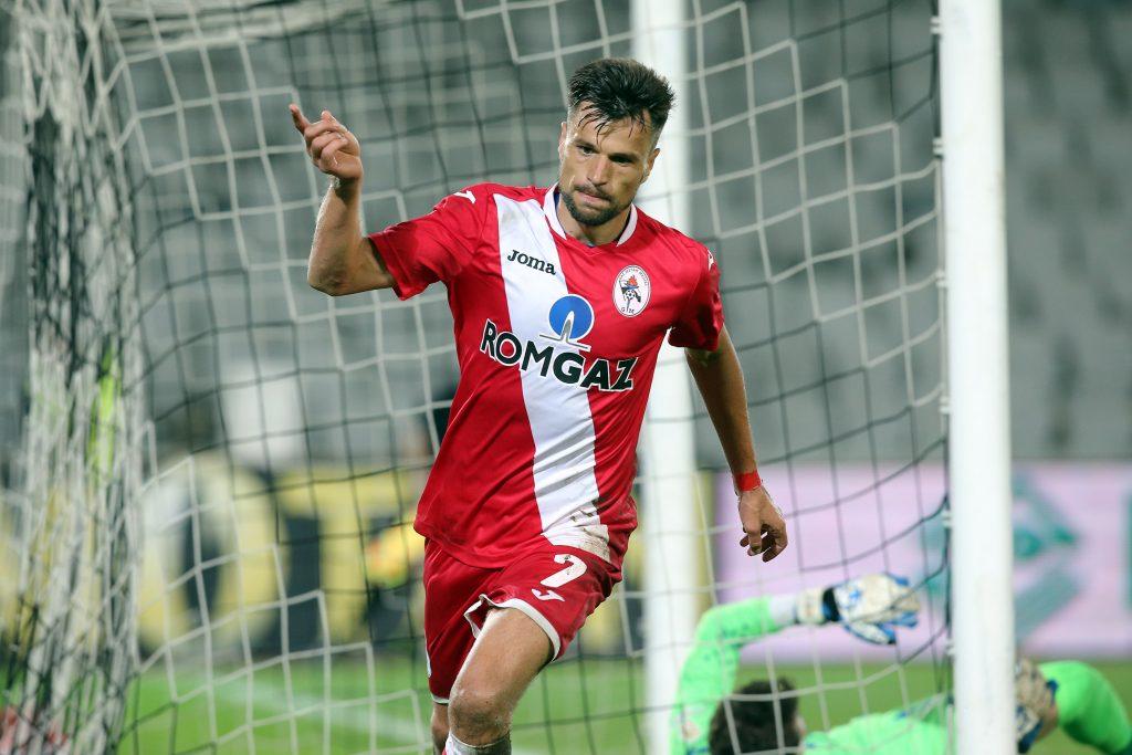 Azdren Llullaku se bucura dupa marcarea golului de 2-0 în meciul contra Astrei Giurgiu.